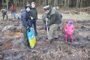 Sadzenie lasu Tulice 28_03_2015 r_66